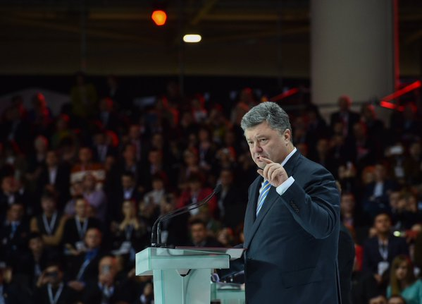 Будет перезагрузка Кабмина, так как не все министры отвечают необходимым критериям – Порошенко