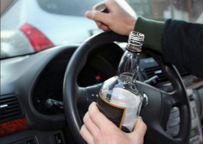"""На Закарпатье полицейский патруль задержал за рулем пьяного майора """"экономической"""" милиции"""