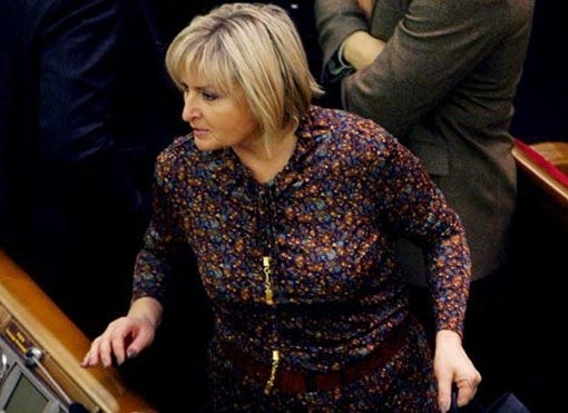 Жена Луценко показала мастер-класс по элегантному кнопкодавству (Видео)