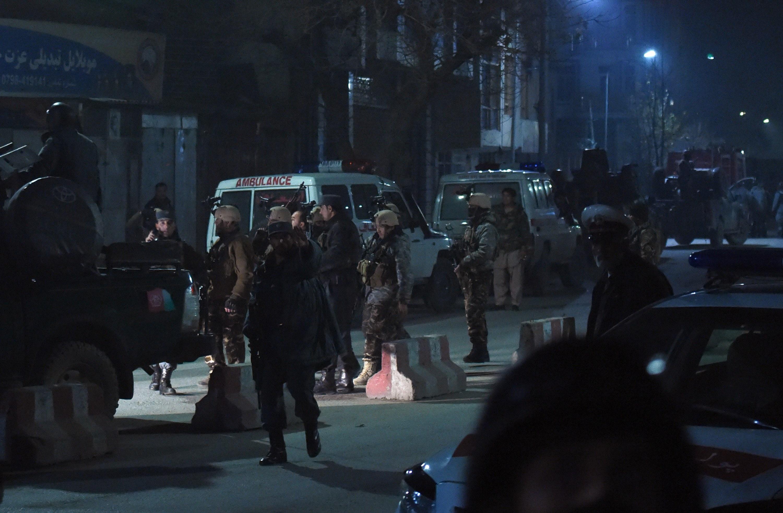 Талибы взорвали машину и устроили стрельбу у испанского посольства в Кабуле