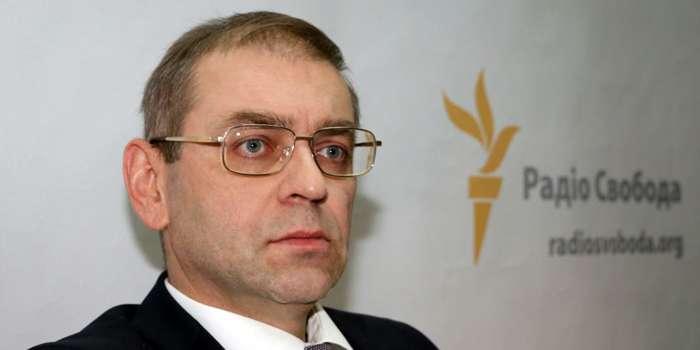 Житомирские кондитеры обвинили нардепа Пашинского в захвате фабрики