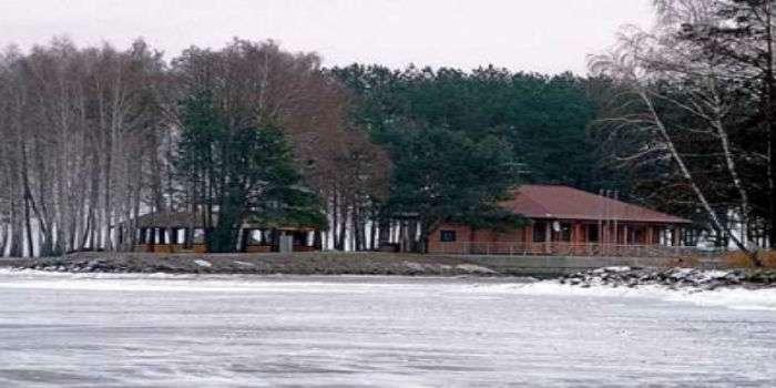 Колишня резиденція Пшонки навесні стане табором для дітей