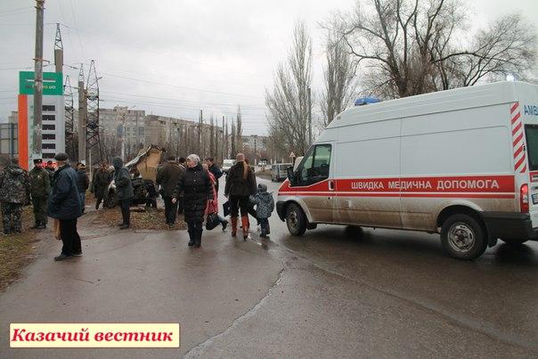 Жахливе ДТП в Стаханові: машину розірвало на частини, є жертви (ФОТО, 18+)