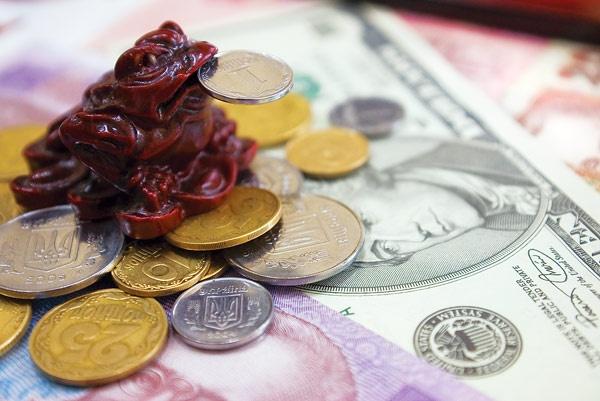Що буде з курсом долара до Нового року: прогноз експертів