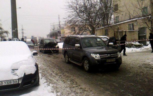 У Києві затримали чоловіка, який влаштував ДТП та намагався зарізати жінку-водія