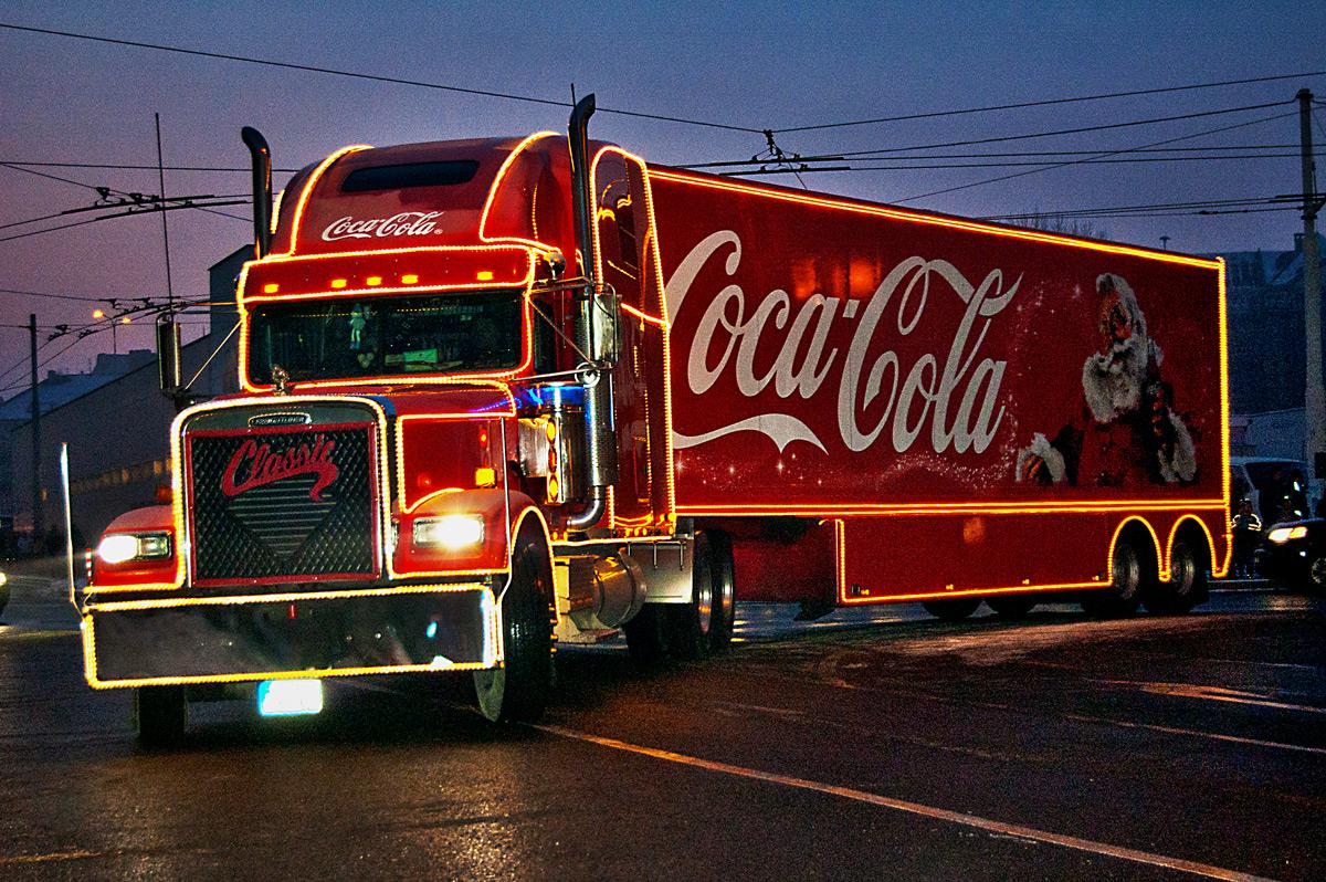 Тягнибок в люті: вимагає заборонити Coca-cola в Україні