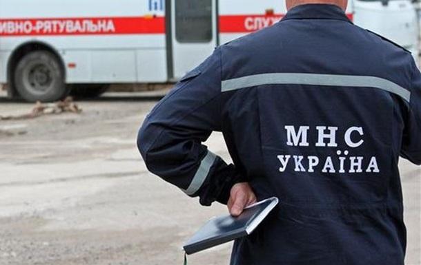 У Донецькій обл. стався вибух газу в багатоповерхівці, під завалами опинилися жінка і троє дітей