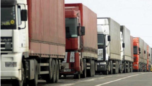 Польща хоче заборонити в'їзд російським вантажівкам