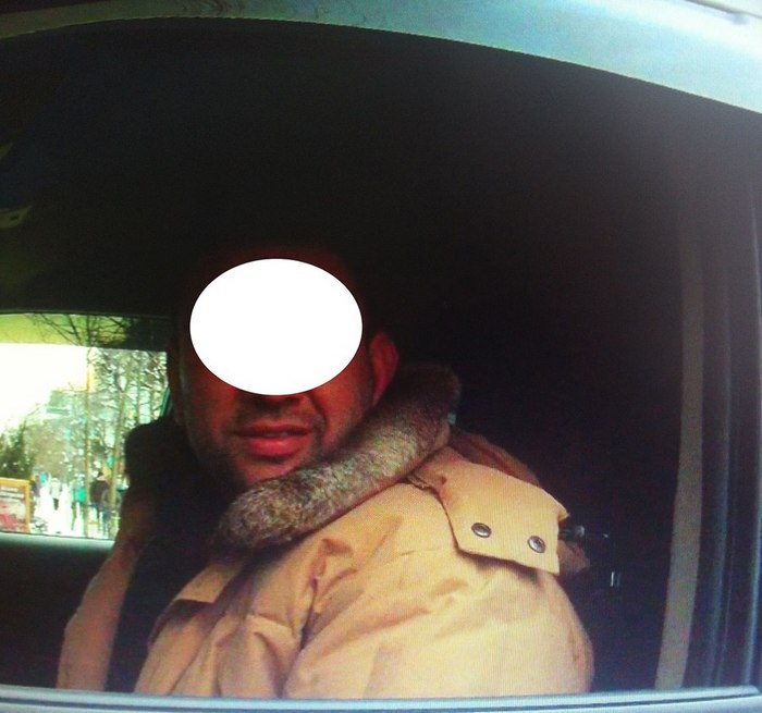 """В Луцке """"люстрований"""" таможенник ездил пьяным за рулем своего внедорожника (фото)"""