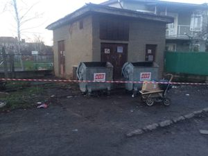 У Мукачеві мати вбила немовля і викинула як непотріб (Фото 18+)