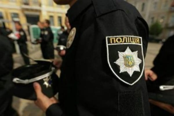 У Сумській обл. поліція затримала КАМАЗ з краденою нафтою