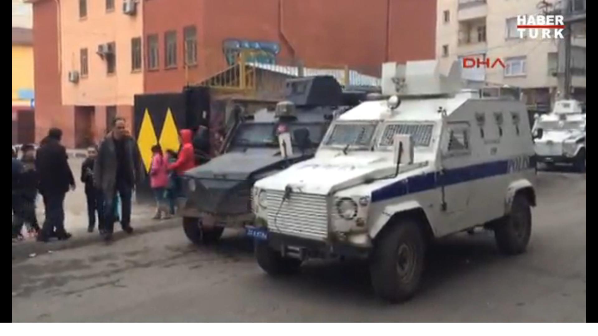 У Туреччині поруч зі школою вибухнула граната, постраждало 5 учнів