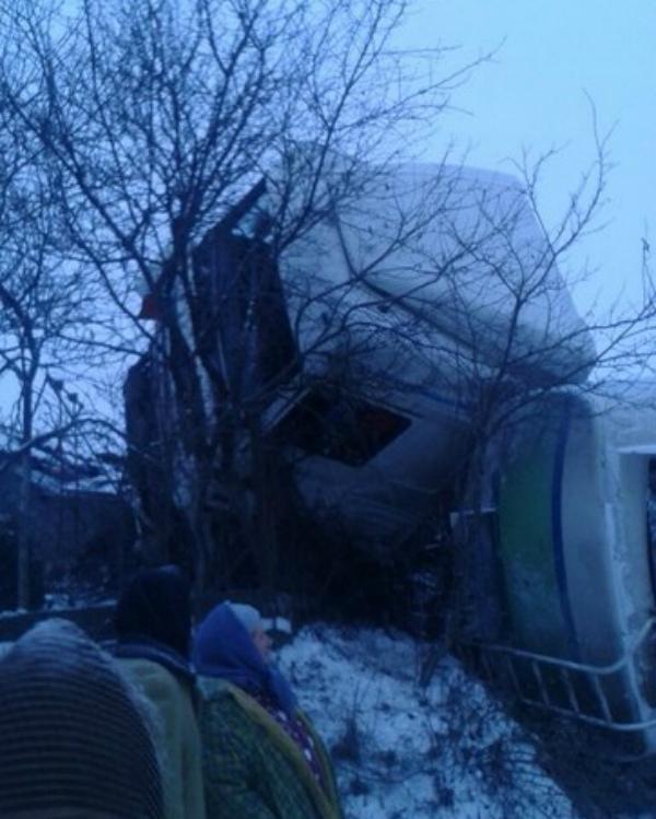 На Львівщині перекинулася вантажівка (ФОТО)