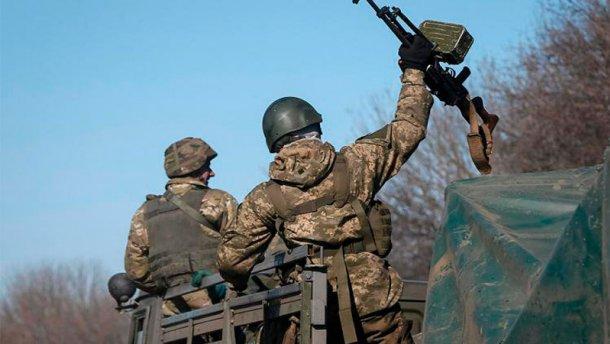 Під Зайцевим відбувся бій: терористам дали відсіч