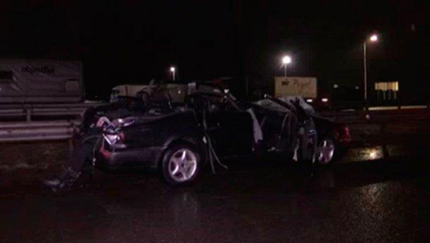 Смертельная авария на Житомирщине: авто разбилось о грузовик