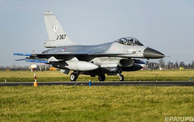 У Єгипті розбився винищувач F-16, екіпаж загинув