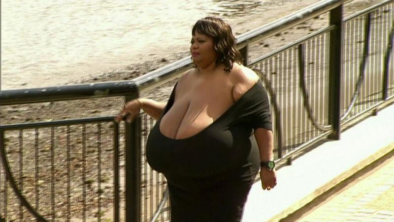 картинки груди женщины из мультика