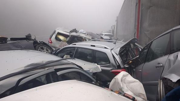У Словенії на шосе зіткнулися 50 автомобілів (Фото)