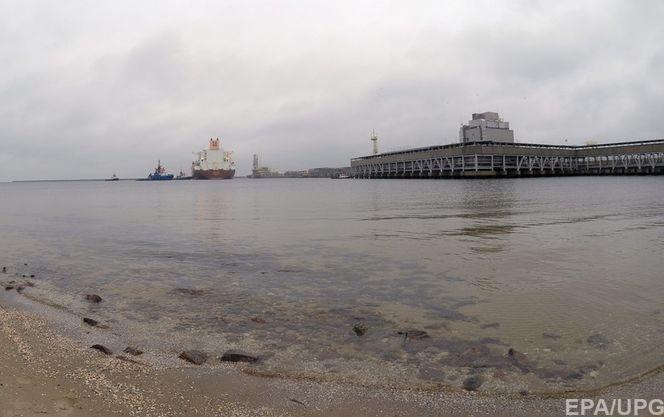 Перший за 40 років танкер США з нафтою прибув до Європи