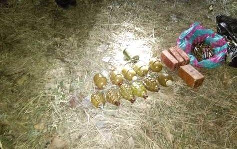 У Донецькій області СБУ знайшла схованку з вибухівкою та гранатами