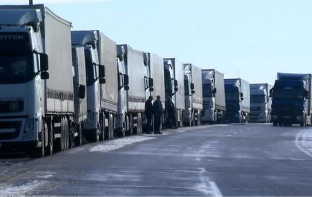 У Росії затримано 197 українських вантажоперевізників