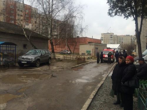Львівські безхатченки знайшли на смітнику мішок із набоями до БМП?