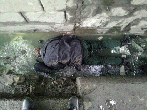 У Львові під мостом знайшли  тіло молодого чоловіка (ФОТО)
