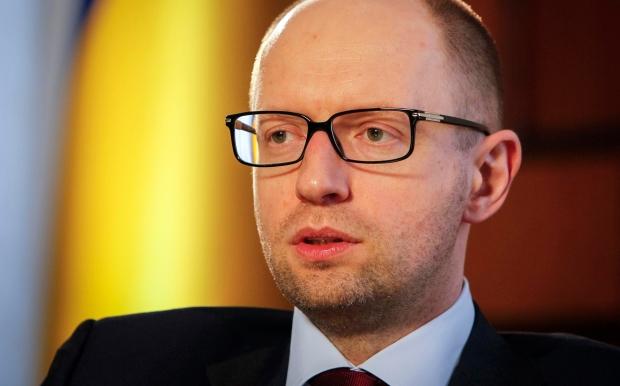 Яценюк назвав три сили, які зацікавлені у дострокових парламентських виборах