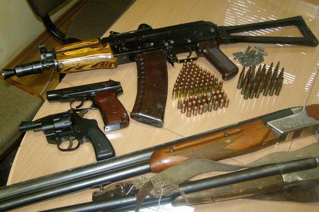 На Львівщині виявили арсенал зброї
