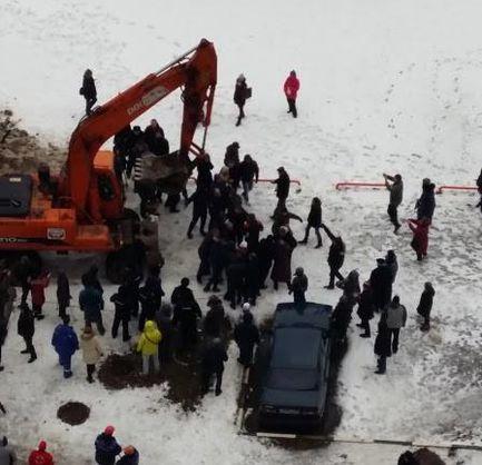 У Москві протестуючих розігнали екскаваторами: є постраждалі (Фото)
