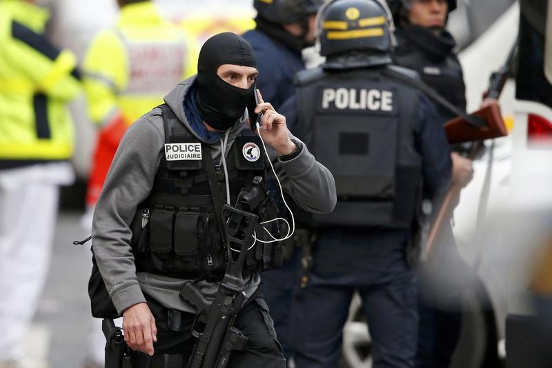 У Франції режим надзвичайного стану продовжено ще на три місяці