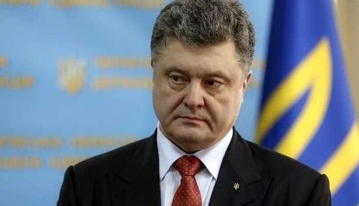 Порошенко заявил, что угроза открытой войны с РФ значительно возросла