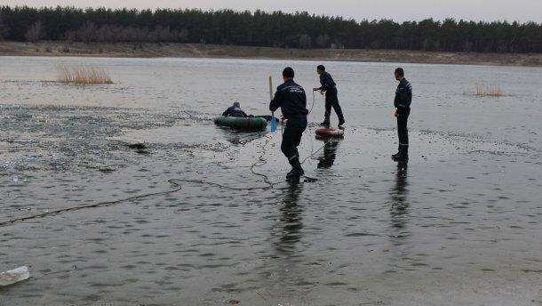 Трагедия на Луганщине: пятеро детей провалилось на озере под лед