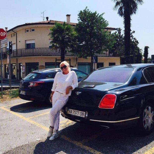 Скандалістка Свєта на Range Rover втекла в Монако:  глузує з українців у Facebook (ФОТО)