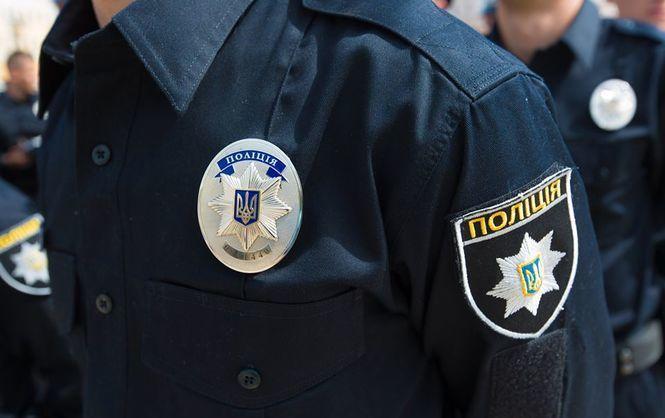 Обшук в патрульній поліції Одеси: інспектора поліції затримали за розповсюдження наркотиків