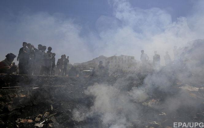 У Ємені терорист-смертник підірвав себе у військовому таборі, загинули 13 солдатів, близько 50 важко поранені