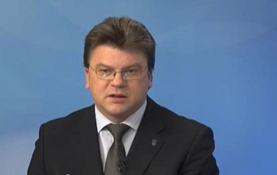 «Батьківщина» виключила з партії міністра, який вирішив залишитися в уряді Яценюка