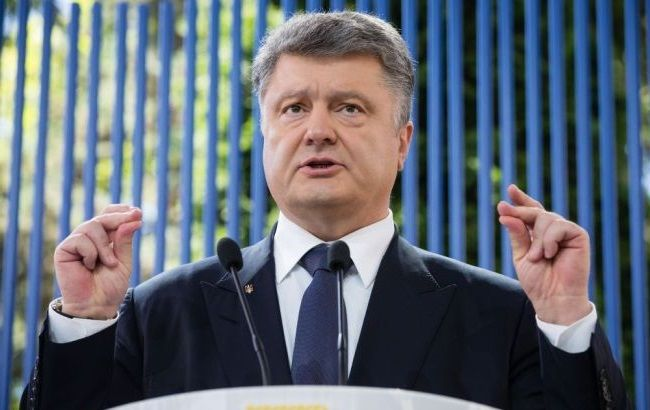 Порошенко назвав останні події на Майдані провокацією