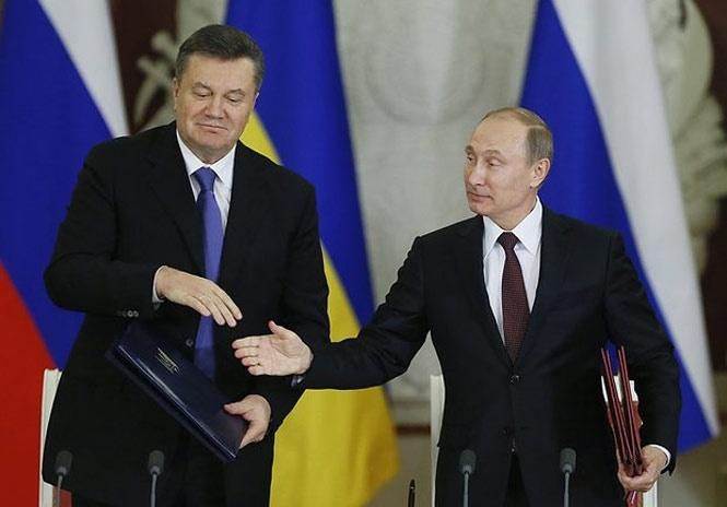 """""""Борг Януковича"""" привів Україну і РФ до англійського суду: чим це може відгукнутися Києву"""