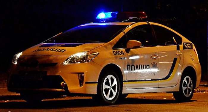 У Дніпропетровську поліція зловила на хабарі чиновника СЕС (ФОТО)