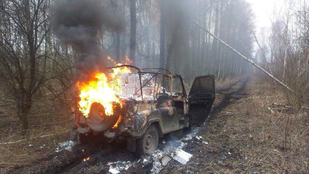 На Львівщині контрабандисти підпалили авто з товаром і «змились» (ФОТО, ВІДЕО)