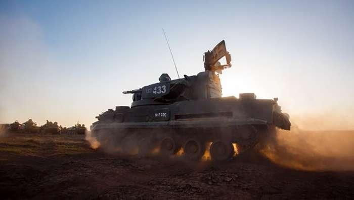 Бойовики «ДНР» замаскували дві групи танків в районі Авдіївки