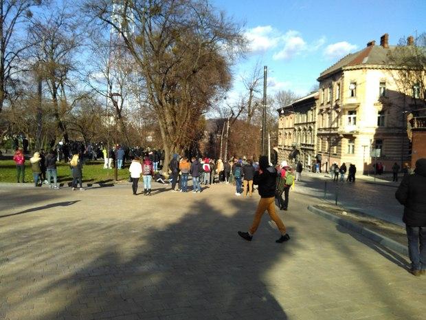 Появилось первое видео столкновений во Львове с представителями ЛГБТ