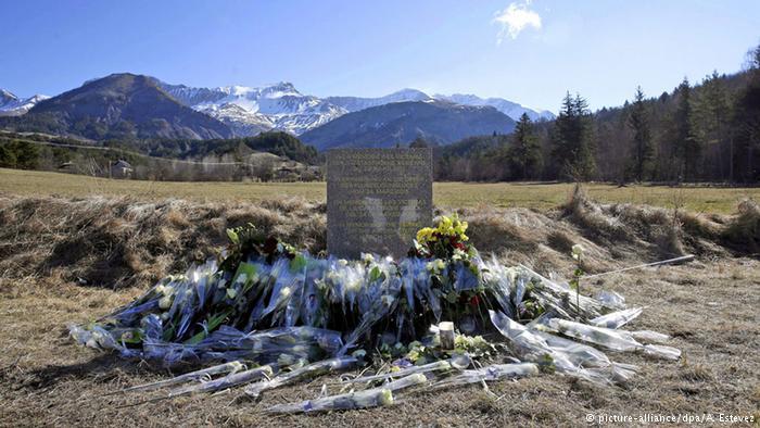 Катастрофа Airbus в Альпах: Пилот умышленно устроил крушение самолета