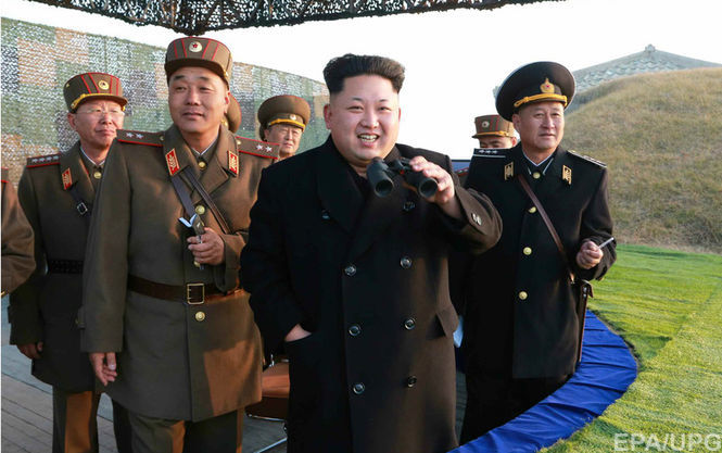 """Наближеного до Кім Чен Ина чиновника відправили на """"перевиховання"""" за перегляд його сином серіалів"""