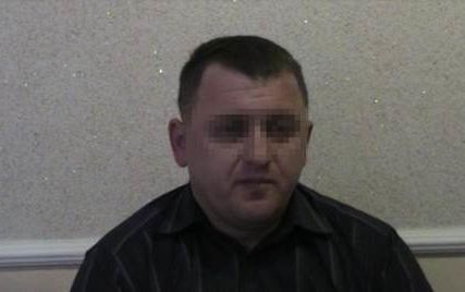 """СБУ: у Рівненській області районна поліція """"кришувала"""" видобуток бурштину"""