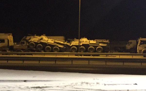 Опубликовано фото российской бронетехники в Ростовской области