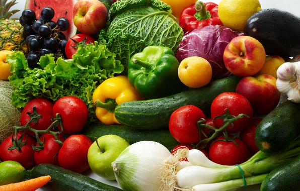 На оптових ринках України різко подешевшали овочі та фрукти: опубліковані ціни
