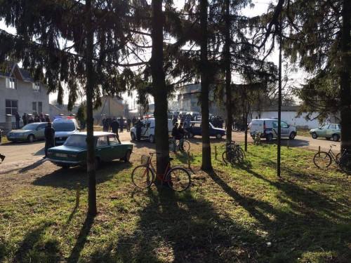 У Львові три сотні «тітушок» зі зброєю та димовими шашками захопили «Угерський спиртзавод» (ФОТО)