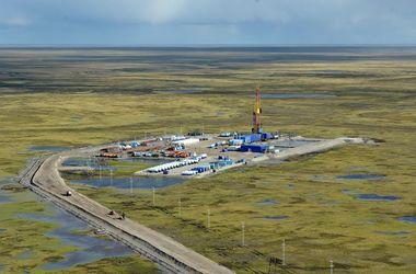 На нафтовому родовищі в Росії стався вибух, є жертви